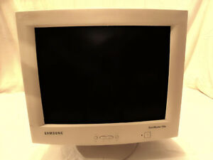 "Samsung SyncMaster 750s 17"" CRT Monitor"