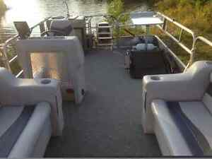 20 ft Pontoon -- all redone