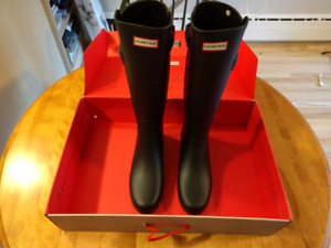 New Hunter Boots For Sale