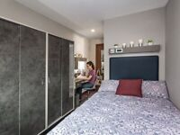 STUDENT ROOM TO RENT IN NOTTINGHAM WITH DOUBLE BED, PRIVATE BATHROOM & PRIVATE ROOM