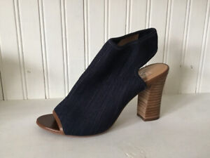 Women's Franco Sarto sandals, like new, size 7