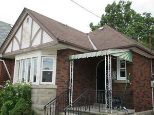 Fabulous Bungalow with Garage by Main/kenilworth