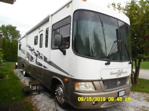 """2006 Forest River """"Georgetown"""" motorhome"""