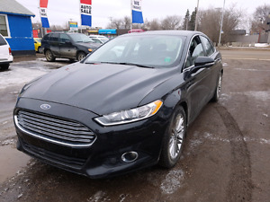2013 ford fusion- leather fully loaded