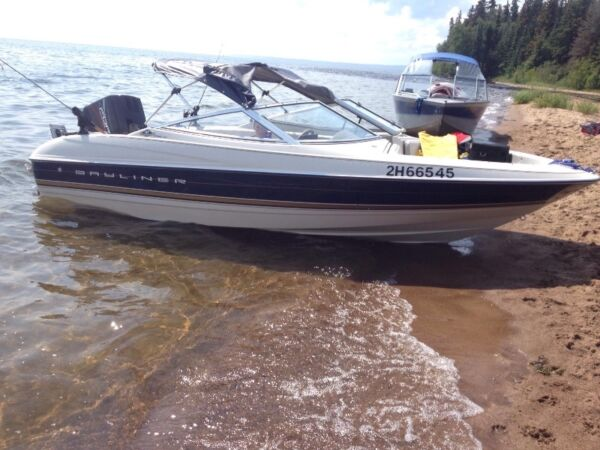 Used 1997 Bayliner Special Anniversary Edition 1700 LS