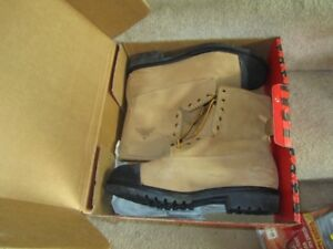 size 11 steel toed CSA work boots