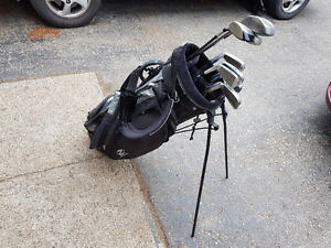 STRATA  Golf Clubs and Bag.