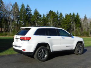 2017 Jeep Grand Cherokee Ltd Only 43,000 km
