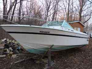 REDUCED For sale or trade 22 foot Grew cabin cruiser