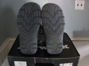 Firefly Snowboard and Boots for Sale! Peterborough Peterborough Area image 7