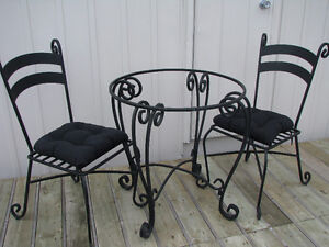 Pier 1 Chair Kijiji Free Classifieds In Ontario Find A