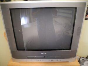 Toshiba 27 VHS DVD