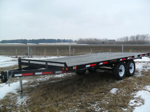 """CANADIAN MADE """"RAINBOW"""" FLAT DECK TRAILERS"""