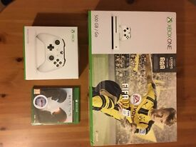 Brand New Xbox One S 500Gb Fifa 17 Bundle + extra controller and Halo 5
