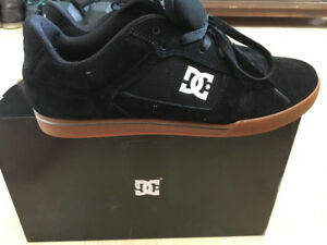 DC Skateboard shoes NEW