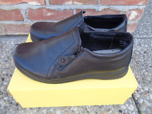 Ladies Dr Scholl's Causal Shoes