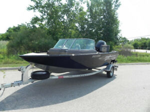 2016 PRINCECRAFT 16.5  BOW RIDER 14 hours with 115 MERCURY