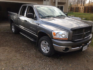 2006 Dodge Ram 1500 Quad-Cab 4x4 with 5.7 Litre Hemi