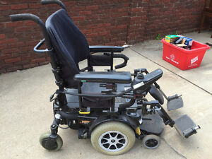 Great Deal! Pride Jazzy 1121 Electric Wheelchair
