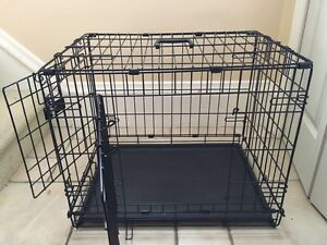 Small dog crate - barely used