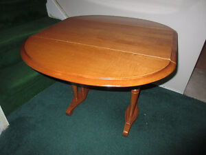 DROP-LEAF SIDE TABLE by Roxton Cambridge Kitchener Area image 4