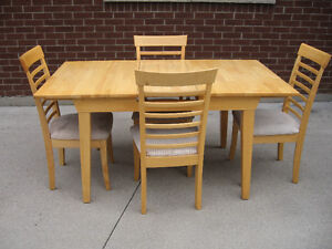 SOLID WOOD TABLE&CHAIRS