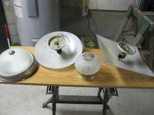 Assorted light fixtures