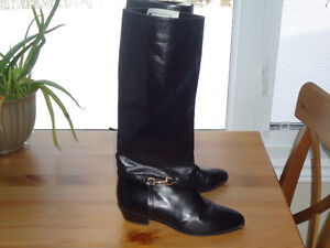 Ladies boots. Size 7
