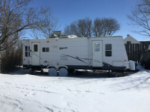2008Hornet Hideout camping trailer made by Keystone for sale 26