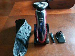 Philips  SensoTouch Electric Shaver
