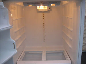 MAYTAG FRIDGE ONLY $60.00 GOOD FOR MAN CAVE ,GARAGE Cambridge Kitchener Area image 3