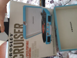 Crosley Cruiser 3-Speed Portable Record Player/Turntable
