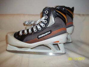 Junior Goalie Skates Size 4 (Bauer Performance)