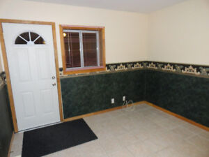 Newly built house ALL INCLUSIVE bachelor apart.10min.from Brock