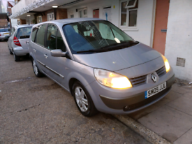 Renault scenic 1.6 petrol very low mileage 7-seater quick sale