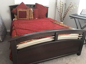 Queen size bed with frame  Kitchener / Waterloo Kitchener Area image 1