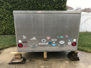 Boîte de rangement en aluminium pour VR ou camion