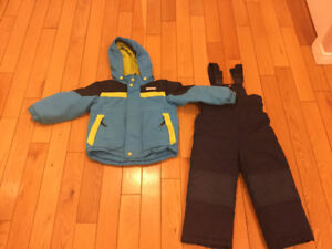 4T kids winter coat and boots