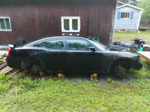 06 dodge charger for parts
