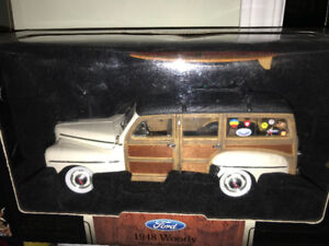 Chevrolet Chevy woody 1948 diecast 1/18 die cast plaunches surf