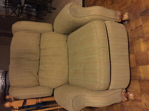 Two same recliners
