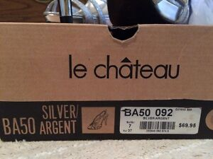 NWT Le Chateau Silver high heels Size 7 Windsor Region Ontario image 2