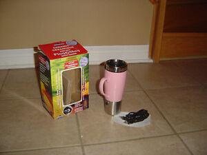 Brand new in box plug a mug travel coffee mug and charger London Ontario image 2