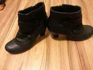 Small black boots for sale