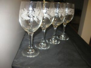FOUR BEAUTIFUL CHRISTMAS DECORATED WINE GLASSES