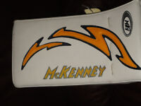 McKenney Pro Spec 370 Goalie Blocker