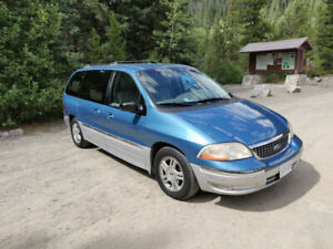 Ford Windstar Minivan 2001