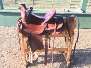 "HIGH QUALITY CUSTOM RANCH/TRAIL SADDLE 15"" BEAUTY"