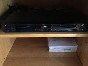 Pioneer Dvd player DV-420V wth Remote