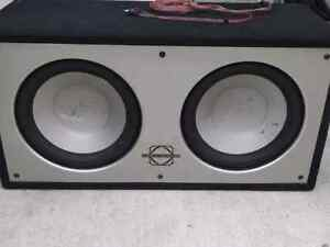 """12"""" infinity subs, amp, box, capacitor, and extras Cambridge Kitchener Area image 1"""